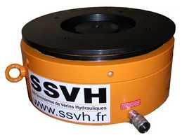 fabrication vérins hydrauliques spécifiques, vérin simple effet avec écrou sécurité